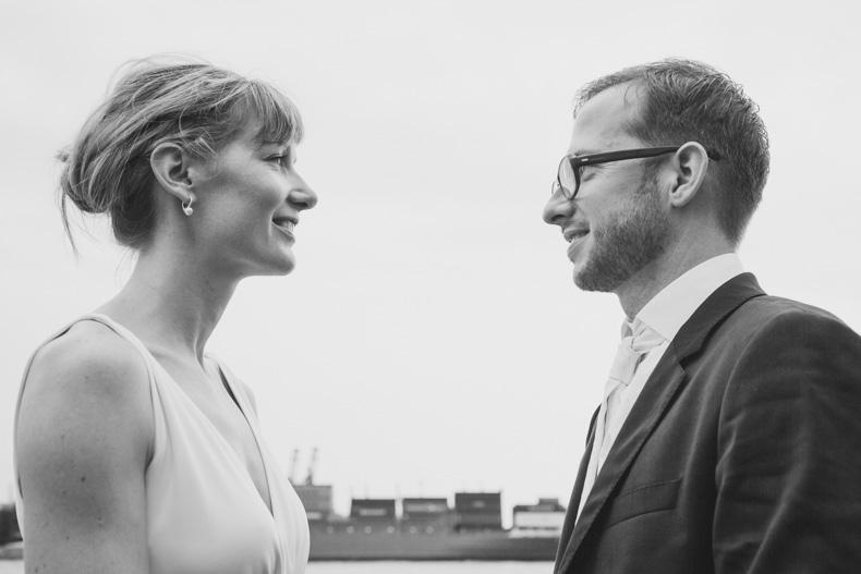 Hochzeitsfotos Hochzeitsbilder Hambuger Hafen Hochzeitsfotografin Maya Meiners photographie Hamburg