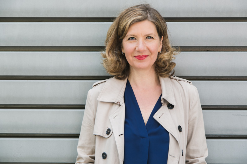 Imagefoto Businessportrait Autorenportrait Hamburg Hafen Jeannette Hagen Maya Meiners photographie