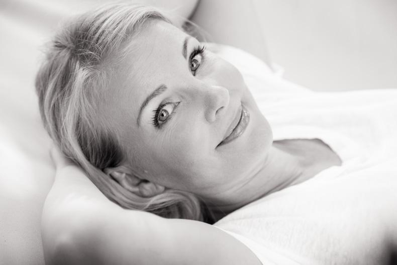 Portraitfoto Businessportrait Constanze Jötten Kosmetikerin Bad Oldesloe Maya Meiners photographie